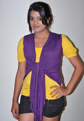 Tashu Kaushik Latest Hot Stills