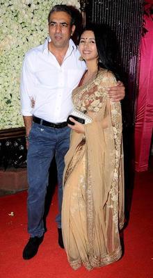 Bollywood Celebs At Kiran Bawa's Diwali Bash
