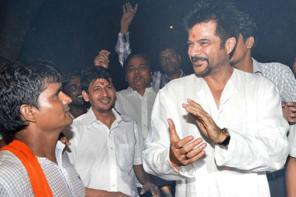Bollywood Actor Anil And Daughter Sonam Celebrate Diwali