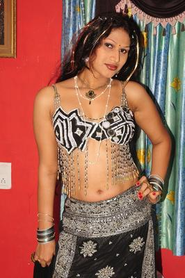 Sirisha Spicy Hot Look Still From O Aunty Katha Movie