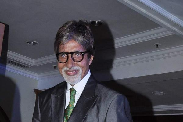 Amitabh Smiling Still At The Launch Of Book 'Mohammed Rafi My Abba'