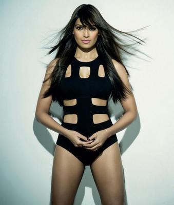 Bipasha Trendy Looking Sexy Photo Still For Maxim India December 2012