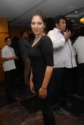 Gouri Munjal Photos In Black Dress At Crescent Cricket Cup 2012 Curtain Raiser Event