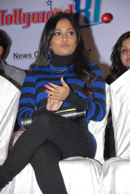 Madhavi Latha Spotted At Crescent Cricket Cup 2012 Press Meet