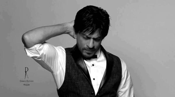 Shahrukh Rocking Photo Shoot For Le City Deluxe Magazine