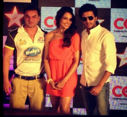 Bipasha,Riteish And Sohail At Celebrity Cricket League Press Conference