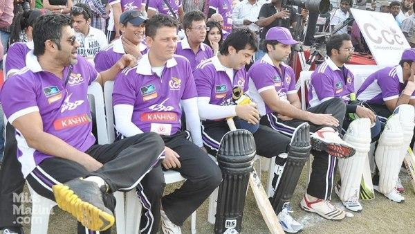 Suniel Shetty Present At Crescent Cricket Cup 2012