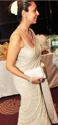 Gauri Khan Sexy Saree Hot Pic