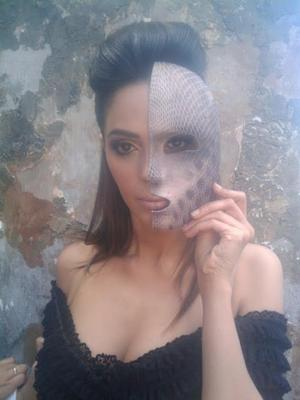 Mallika Sherawat Hot Cleavage Show Photo Still