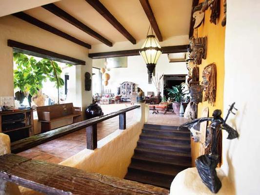 Suniel Shetty And Mana Shetty At Their Khandala Home