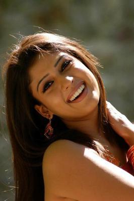 South Actress Nayanthara Cute Photo Shoot In Saree
