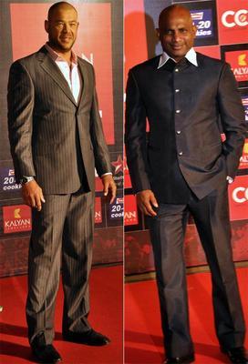 Symonds And Jayasuriya Make An Appearance At Celebrity Cricket League Curtain Raiser 2013