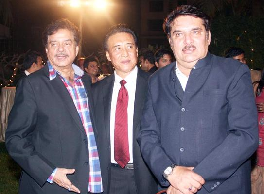 Shatrughan,Danny And Raza Clicked At Anjan Shrivastav Son's Wedding Reception