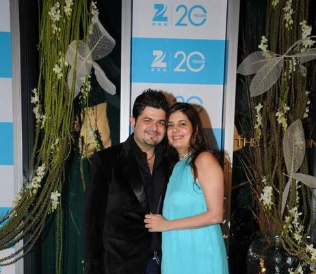 Dabboo With Wife Manisha Strike A Pose At 20th Anniversary Bash Of ZEE TV
