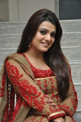 Tashu Kaushik Charming Face Look At Gola Seenu Movie Audio Release Function