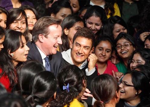 Aamir Khan Meets David Cameron At Central Delhi
