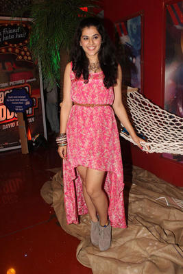Taapsee Pannu Smiling Look At Chashme Buddoor Audio Launch Event