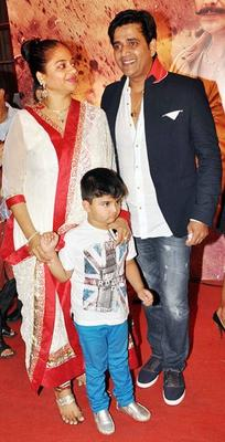 Celebs Present At Premiere Of Zila Ghaziabad