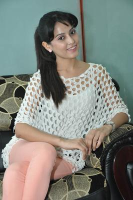 Disha Looks Fabulous At Race Telugu Movie Press Meet