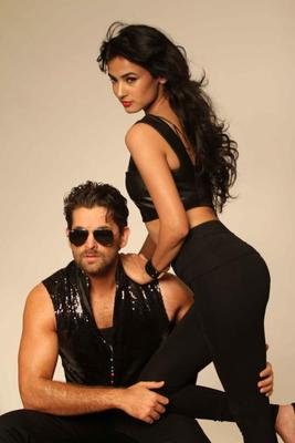 Neil And Sonal Latest Photo Shoot For 3G Cinema Promotion