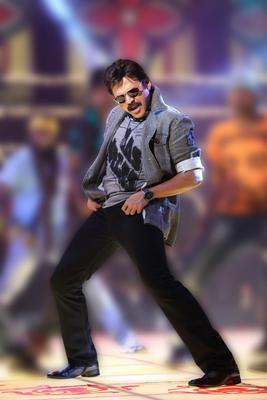 Venkatesh Cool Dancing Pose Still From Shadow Movie