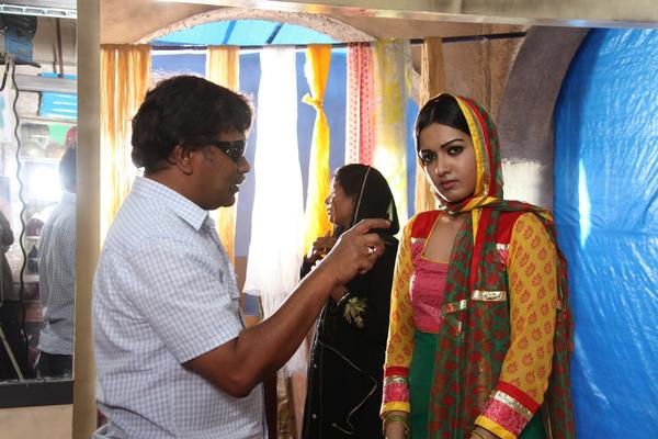 Paisa Movie On Location Stills