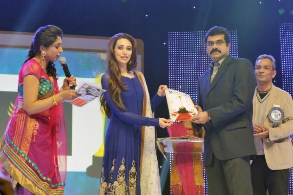 Karishma Kapoor At Asiavision Television Awards 2013