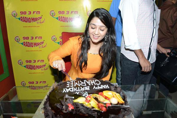 Charmi Kaur Cake Cut Pic At Radio Mirchi 98.3 FM