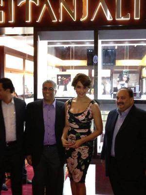 Bipasha Basu And Mehul Choksi Still At Gitanjali Jewellery Launch Event In Dubai Mall