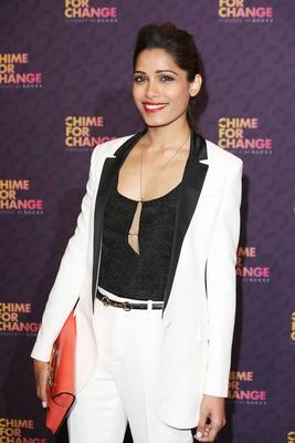 Freida Pinto Sweet Smile Pose Photo Shoot At The Chime For Change Concert