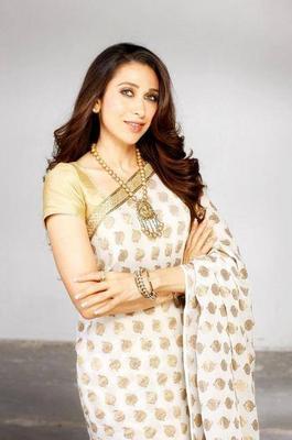 Bollywood Actress Karishma Kapoor's Latest Photoshoot