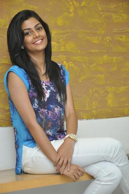 Sweet Anisha Ambrose During Pressmeet Of Areyrey