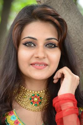 Mano Round Face Beauty Still During The Launch Event Of Malligadu Marriage Bureau