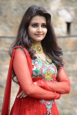 Mano Strikes A Pose In Red Anarkali At Malligadu Marriage Bureau Launch Event