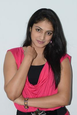 Hari Priya Sweet Smile Pic During Telugulo Naaku Nachani Padam Prema Press Meet