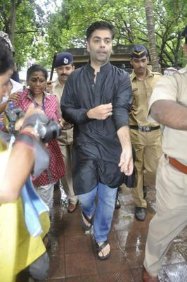 Karan Johar Spotted To Bid Farewell To The Beloved Pran Saab