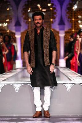 Anil Kapoor Walks For Raghavendra Rathore At AVIBFW 2013