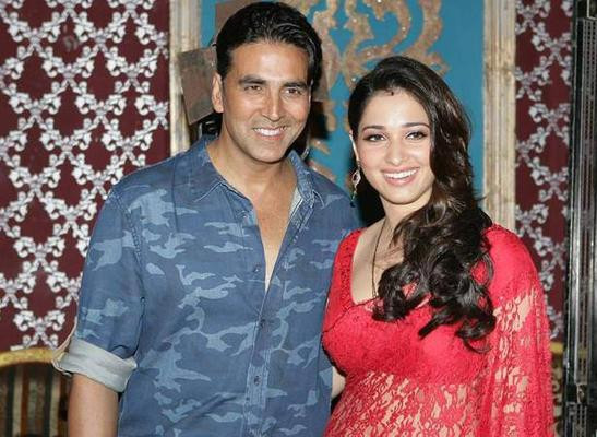 Its Entertainment Movie Akshay Kumar And Tamanna Bhatia Sets Smiling Pose Photo Shoot