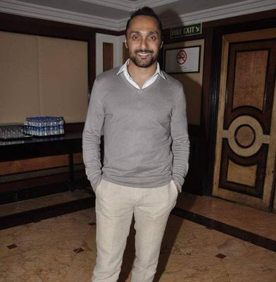 Rahul Bose At Kajol Sister Tanisha Stage Debut