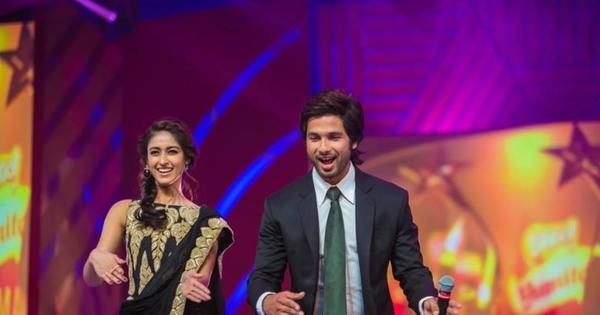 Shahid And Ileana D'cruz Tu Mere Agal Bagal Hai Song Step During SIIMA 2013