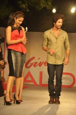 Ileana And Shahid Promote PPNH At Aldo Fashion Show 2013