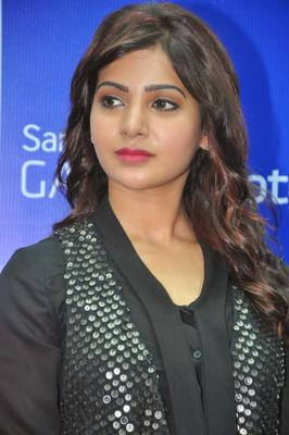 Samantha Charming Face Look During The Launch Of Samsung Galaxy Note III At Chennai
