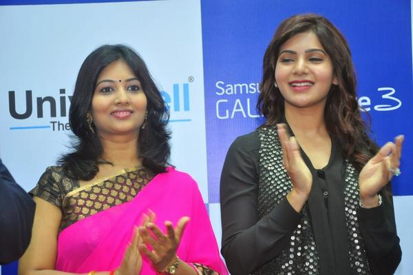 Samantha Cool Clapping At Samsung Galaxy Note III Launch Event