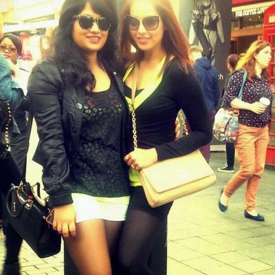 Bipasha And Her Sister Vijayeta Stunning Pose For Photo Shoot In London