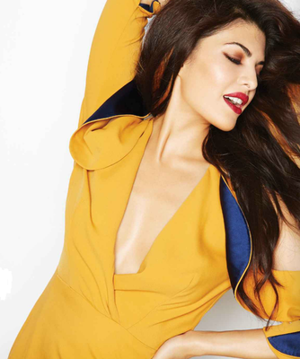 Jacqueline Fernandez Latest Spicy And Sizzling Photo Shoot For LÓfficiel India 2013