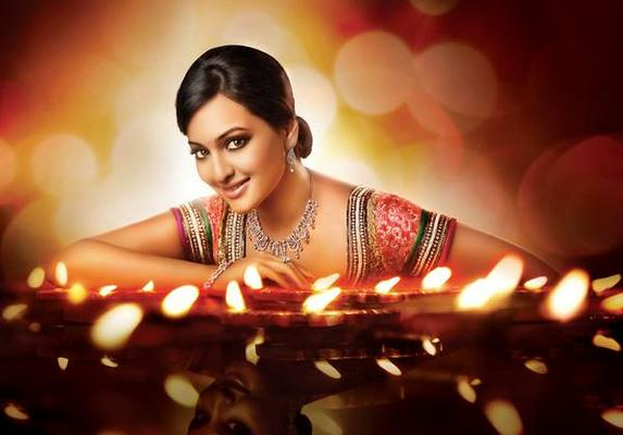 Sonakshi Sinha's New D'Damas Ad Latest Pic