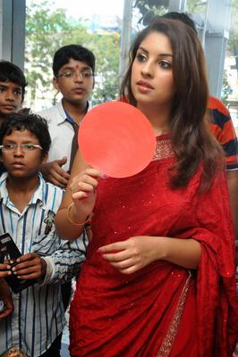 Richa Gangopadhyay Snappd At Priyanka Stores Opening Event