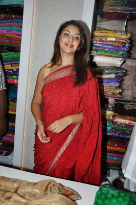 Richa Gangopadhyay Snapped At Priyanka Stores Launch Event