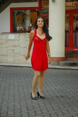 Nisha Kothari New Hot Stills