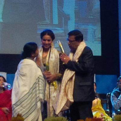 Bipasha Basu On The Stage Of  The Kolkata International Film Festival 2013 Event